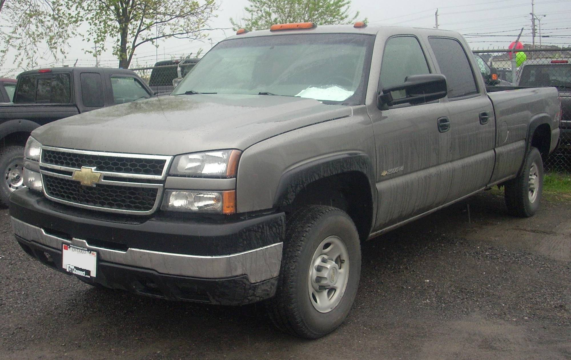 2006 Chevrolet Silverado 2500HD LT2 4x4 Crew Cab 6 6 ft box 153 in