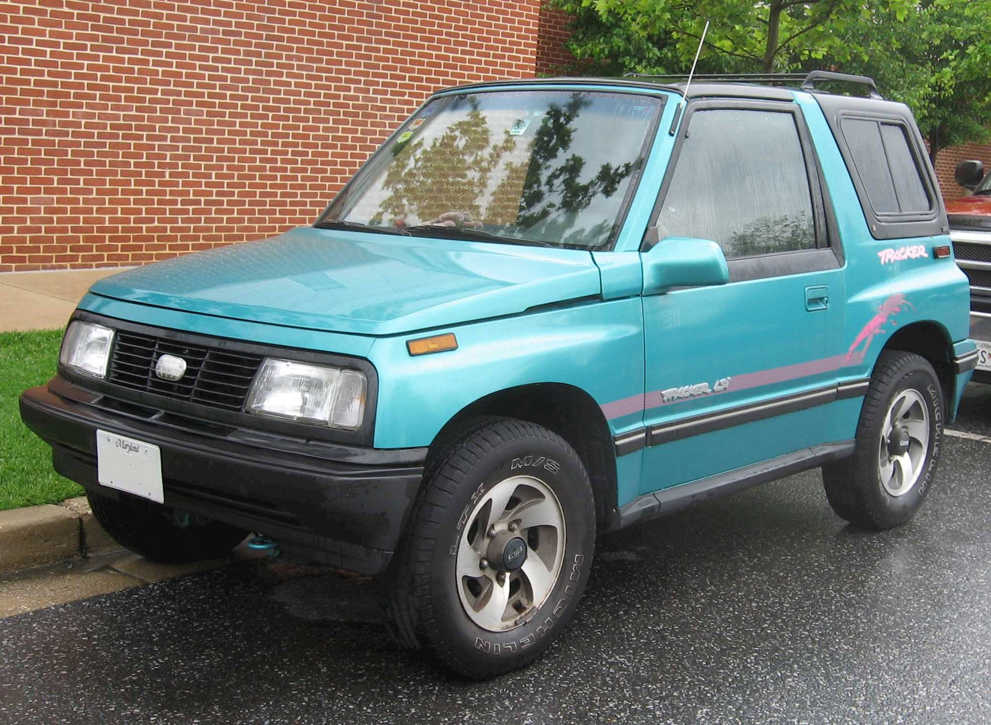 1996 Geo Tracker Owners Manual - Well Detailed Wiring Diagrams •