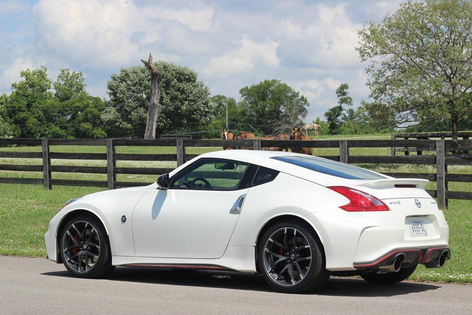 2015 nissan 370z base coupe 3 7l v6 auto. Black Bedroom Furniture Sets. Home Design Ideas