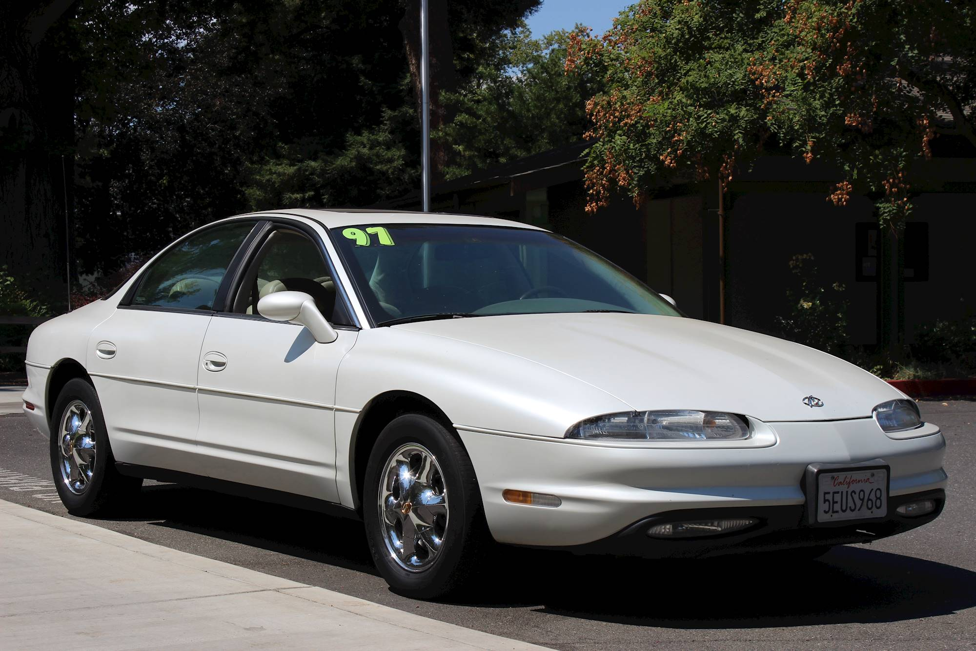 1997 oldsmobile aurora base sedan 4 0l v8 auto 1997 oldsmobile aurora base sedan 4