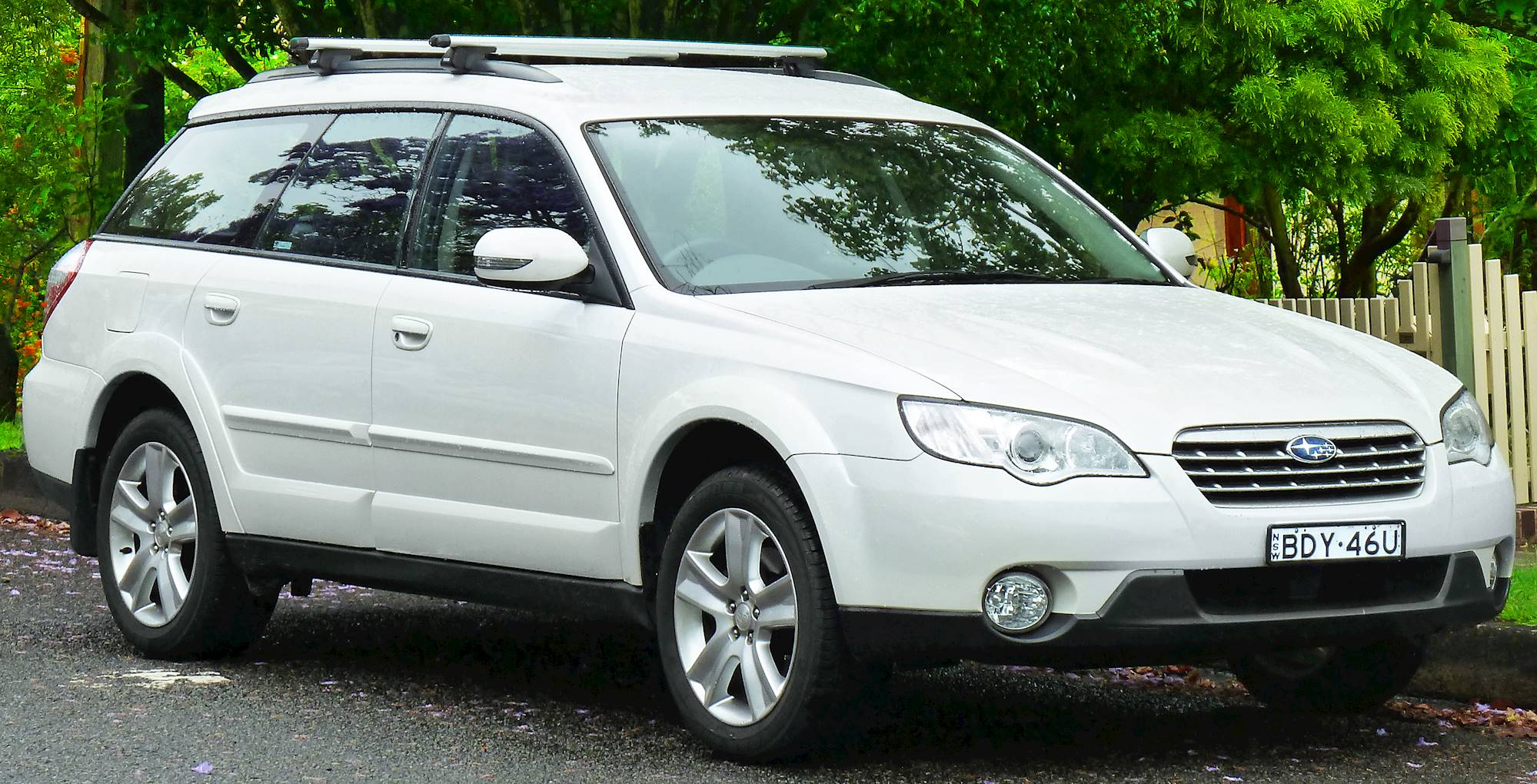2011 subaru outback 3 6 r premium 4dr all wheel drive wagon 5 spd sequential shift control auto w od. Black Bedroom Furniture Sets. Home Design Ideas