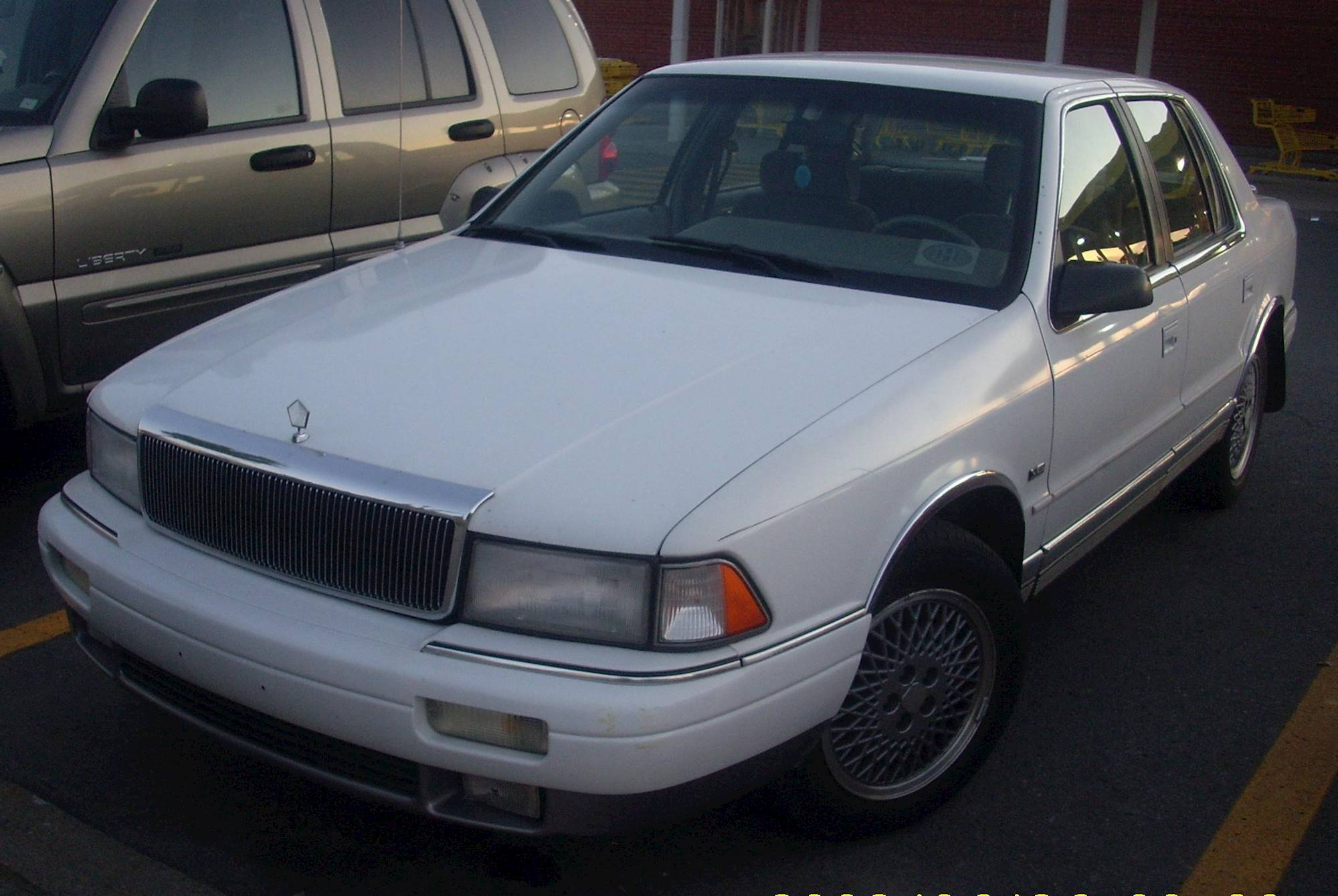 File 93 94 Chrysler Lebaron Lx Sedan