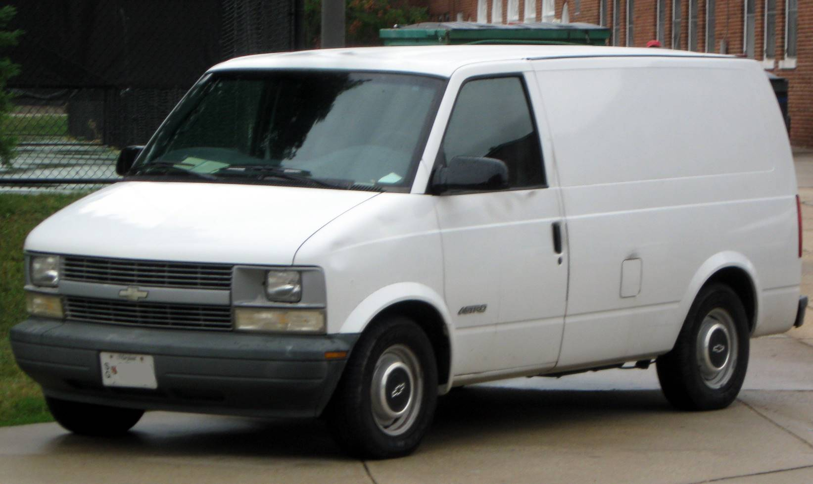 1999 chevrolet astro base all wheel drive cargo van 4 spd auto w od wheel drive cargo van 4 spd auto w od