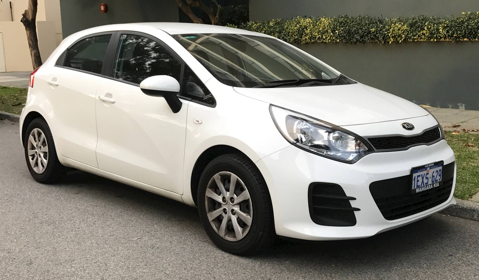 Jun Kia Rio Exhaust likewise Kia Rio Door Front also Kia Rio Navigation together with Kia Rio Lx Sedan Doors furthermore Kia Rio Sx Door Side Profile. on 2015 kia rio hatchback