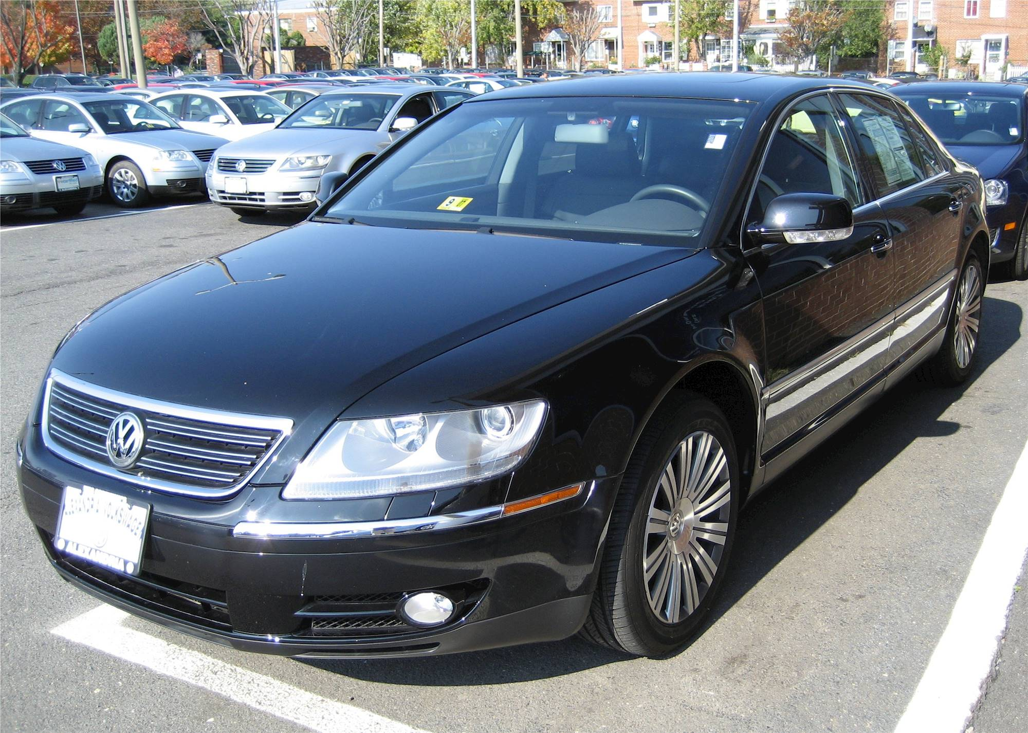 2006 volkswagen phaeton w12 sedan 6 0l w12 awd auto w 4. Black Bedroom Furniture Sets. Home Design Ideas