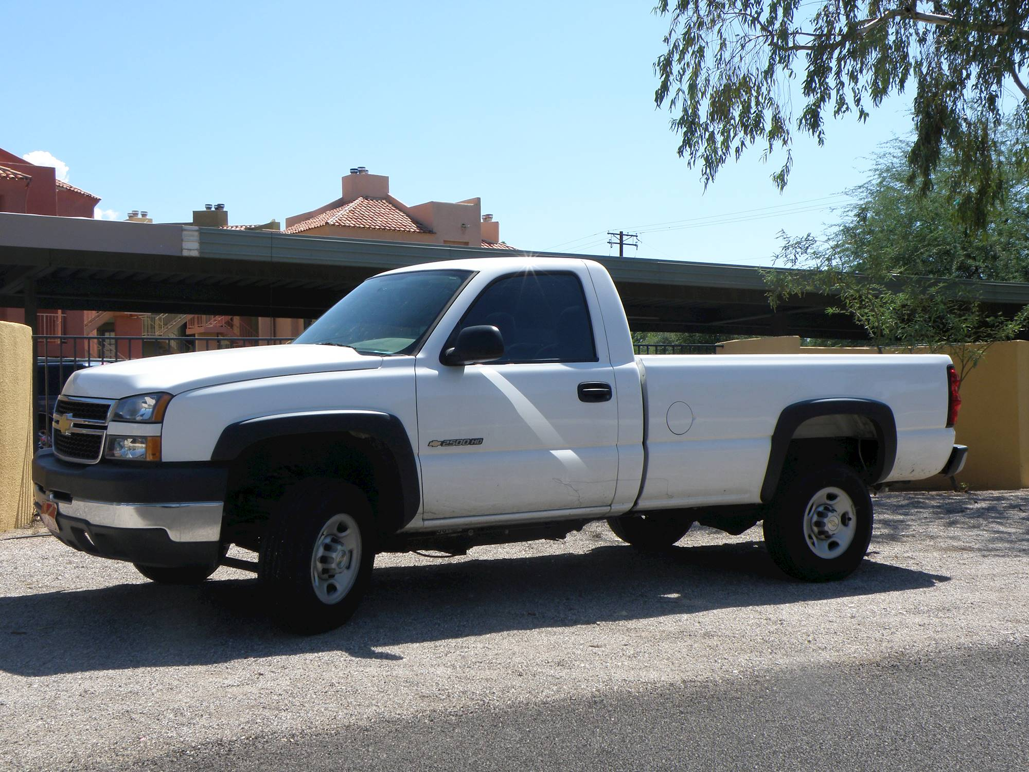 2005 Chevrolet Silverado 2500HD LT 4x4 Extended Cab 8 ft. box 157.5 in. WB 4-spd auto w/OD