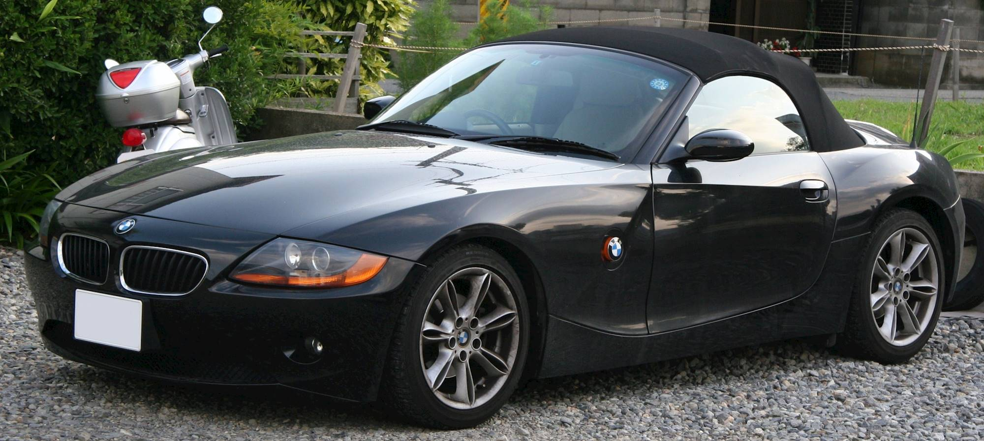 2003 Bmw Z4 2 5i Convertible 2 5l Manual