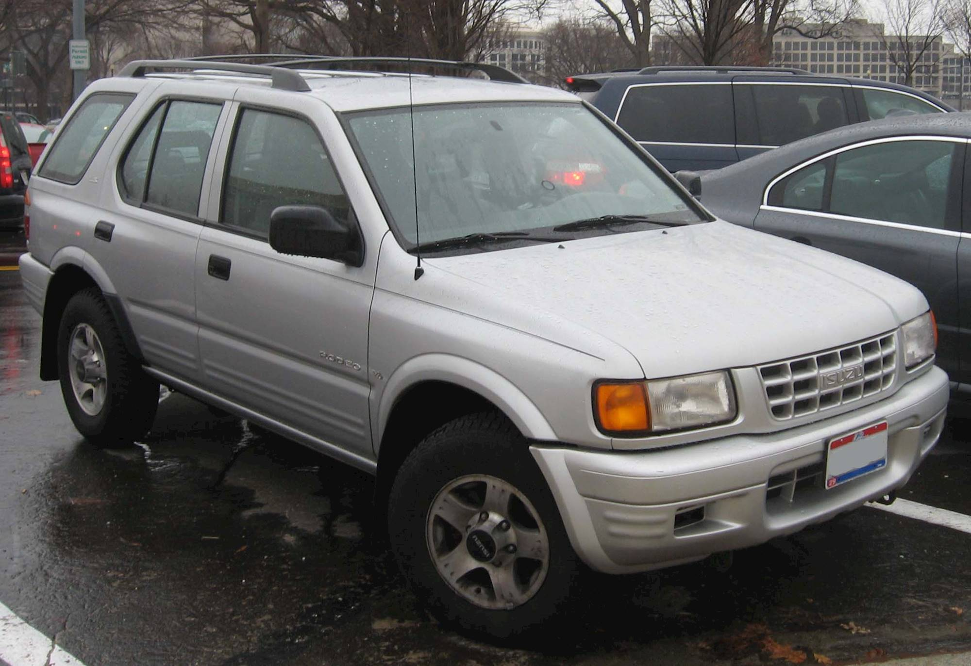 2004 Isuzu Rodeo S 4dr Suv 3 2l V6 Manual