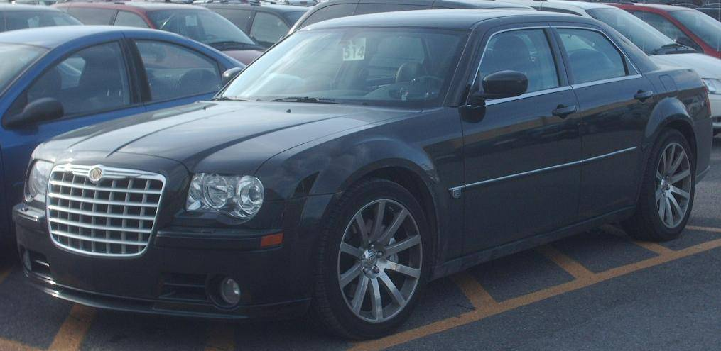 2005 Chrysler 300 Touring 4dr Rear-wheel Drive Sedan 4-spd