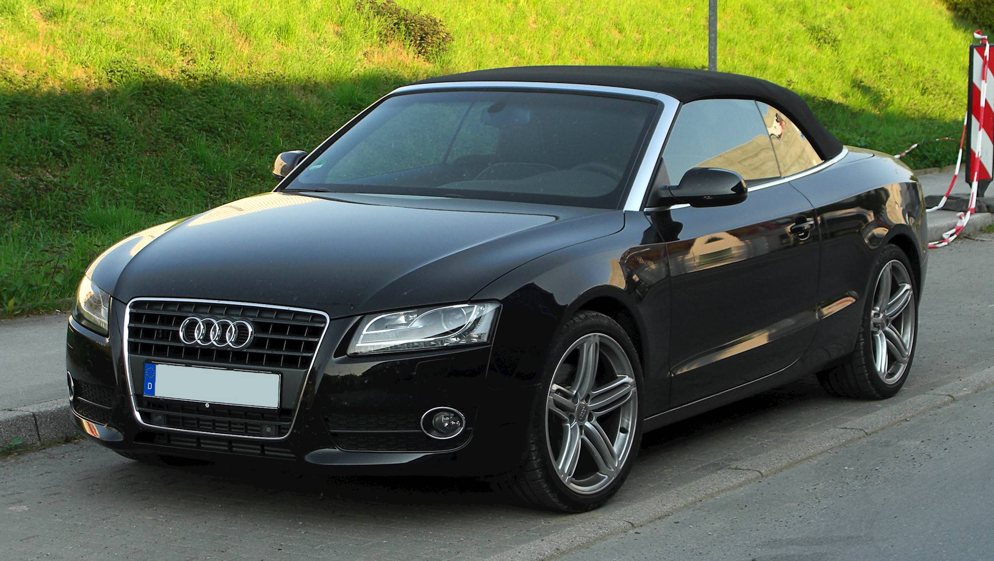 2011 audi a5 2 0t premium convertible 2 0l turbo cvt auto. Black Bedroom Furniture Sets. Home Design Ideas