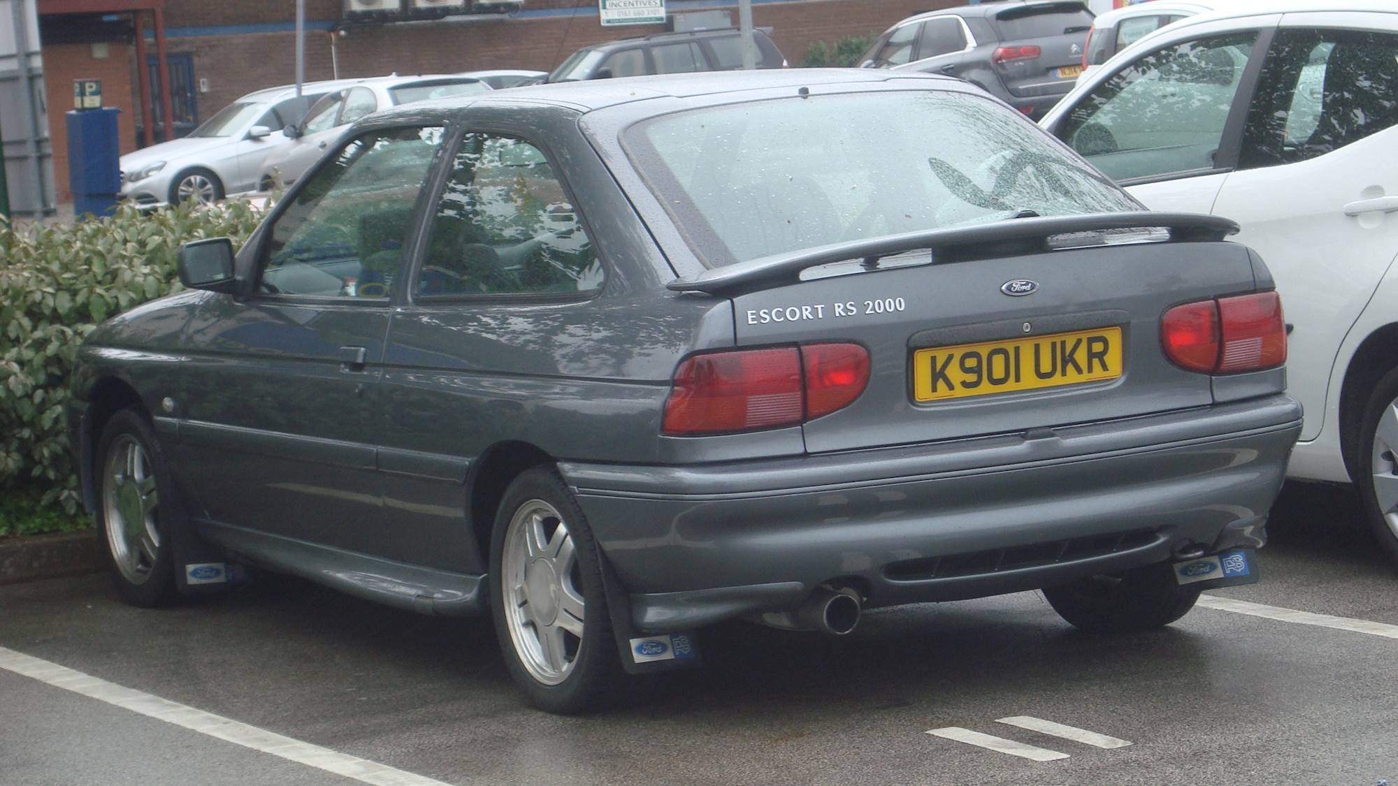 File:1993 Ford Escort RS 2000 (26879569990).jpg .
