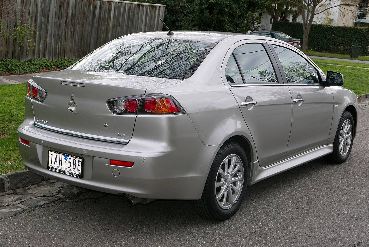 2013 mitsubishi lancer se sedan 2 4l awd cvt auto. Black Bedroom Furniture Sets. Home Design Ideas
