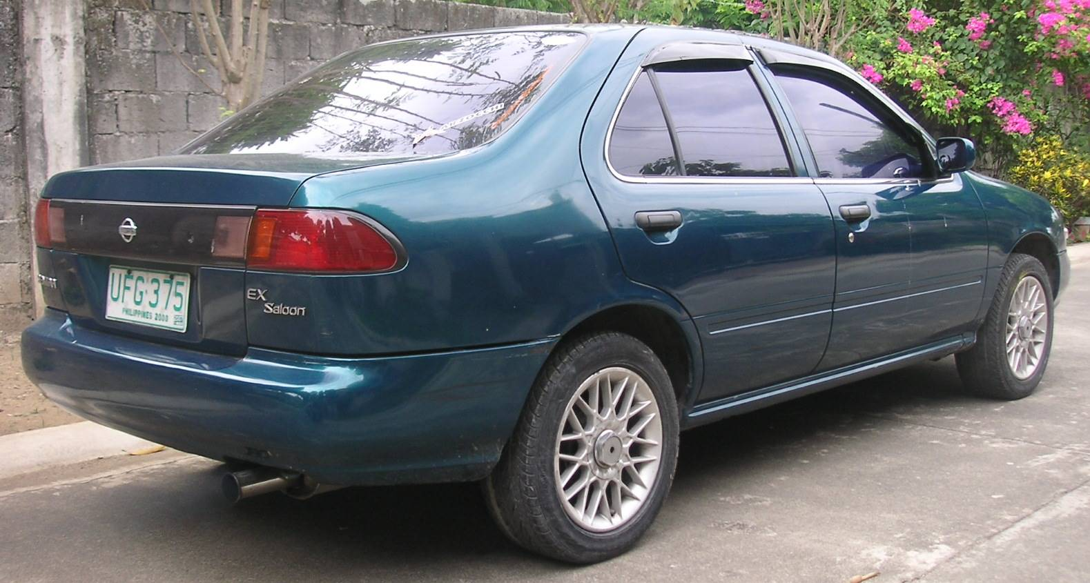 1996 Nissan Sentra GLE - Sedan 1.6L Manual