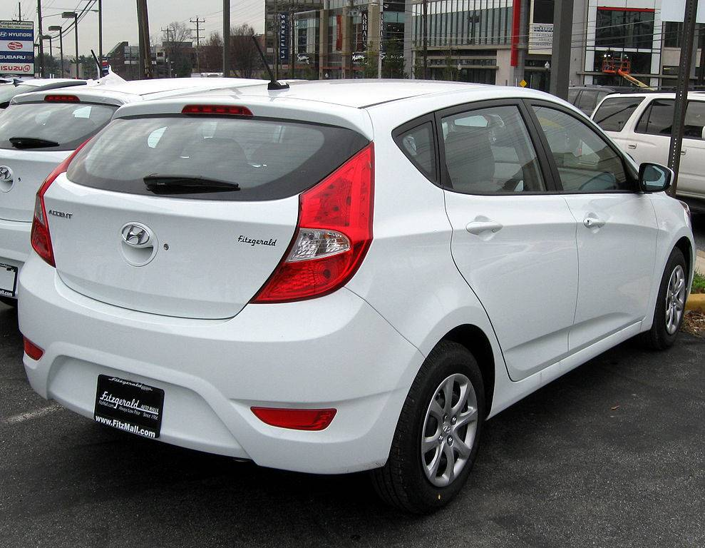 2012 hyundai accent gs 4dr hatchback 1 6l auto. Black Bedroom Furniture Sets. Home Design Ideas