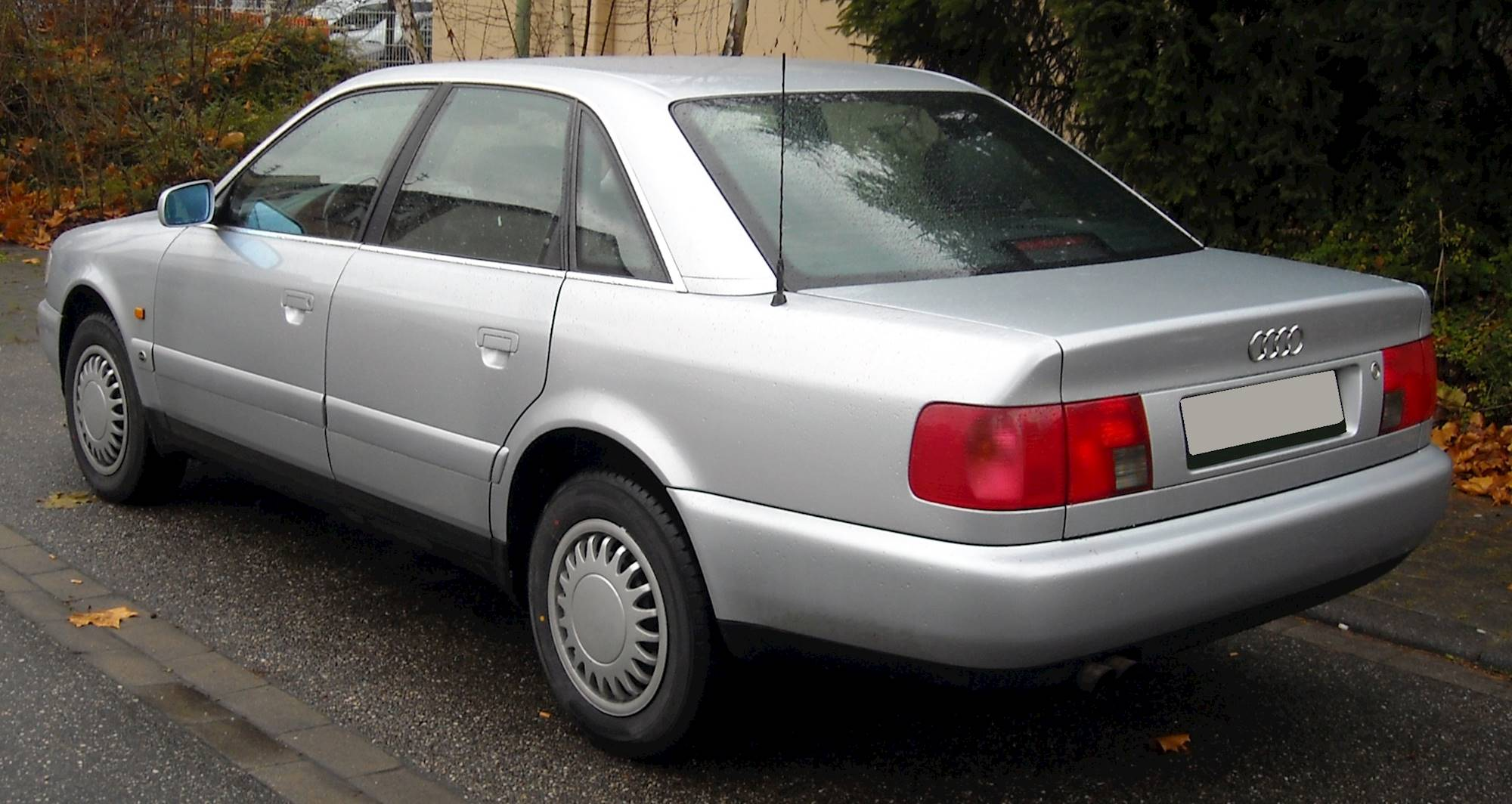 1995 Audi A6 Base 4dr Sedan 5 Spd Manual W Od 2000