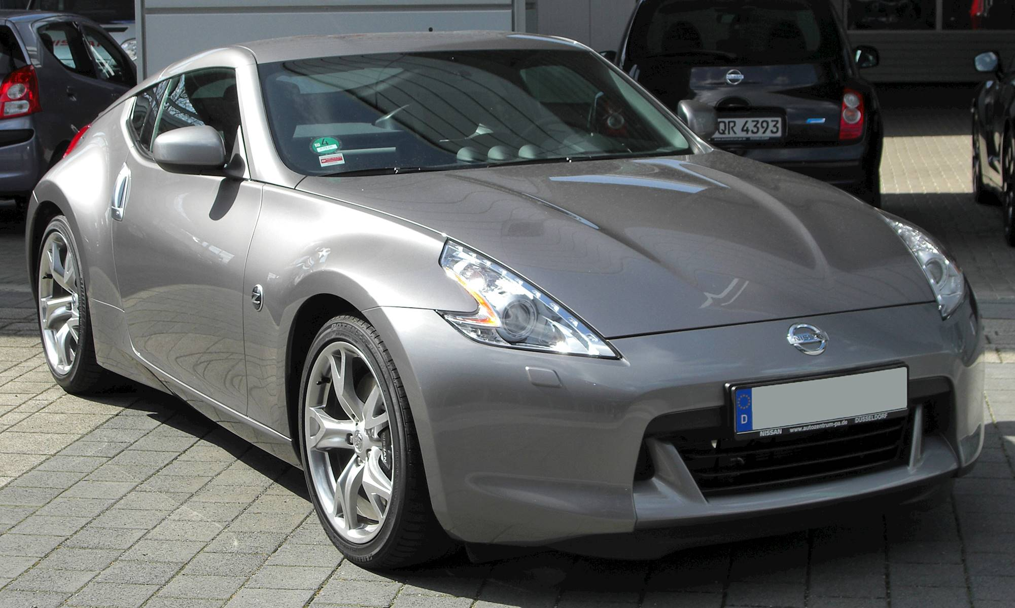 2010 nissan 370z nismo coupe 3 7l v6 manual. Black Bedroom Furniture Sets. Home Design Ideas