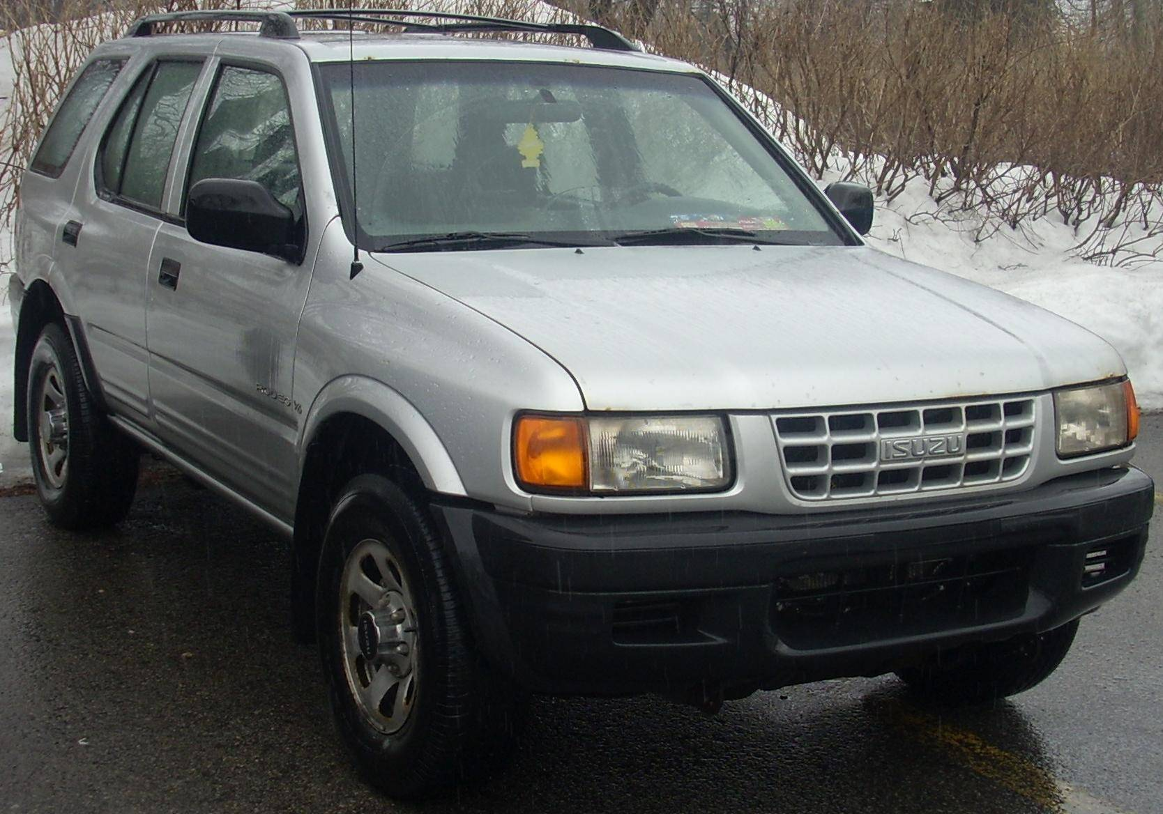 1998 Isuzu Rodeo S 4dr Suv 2 2l Manual