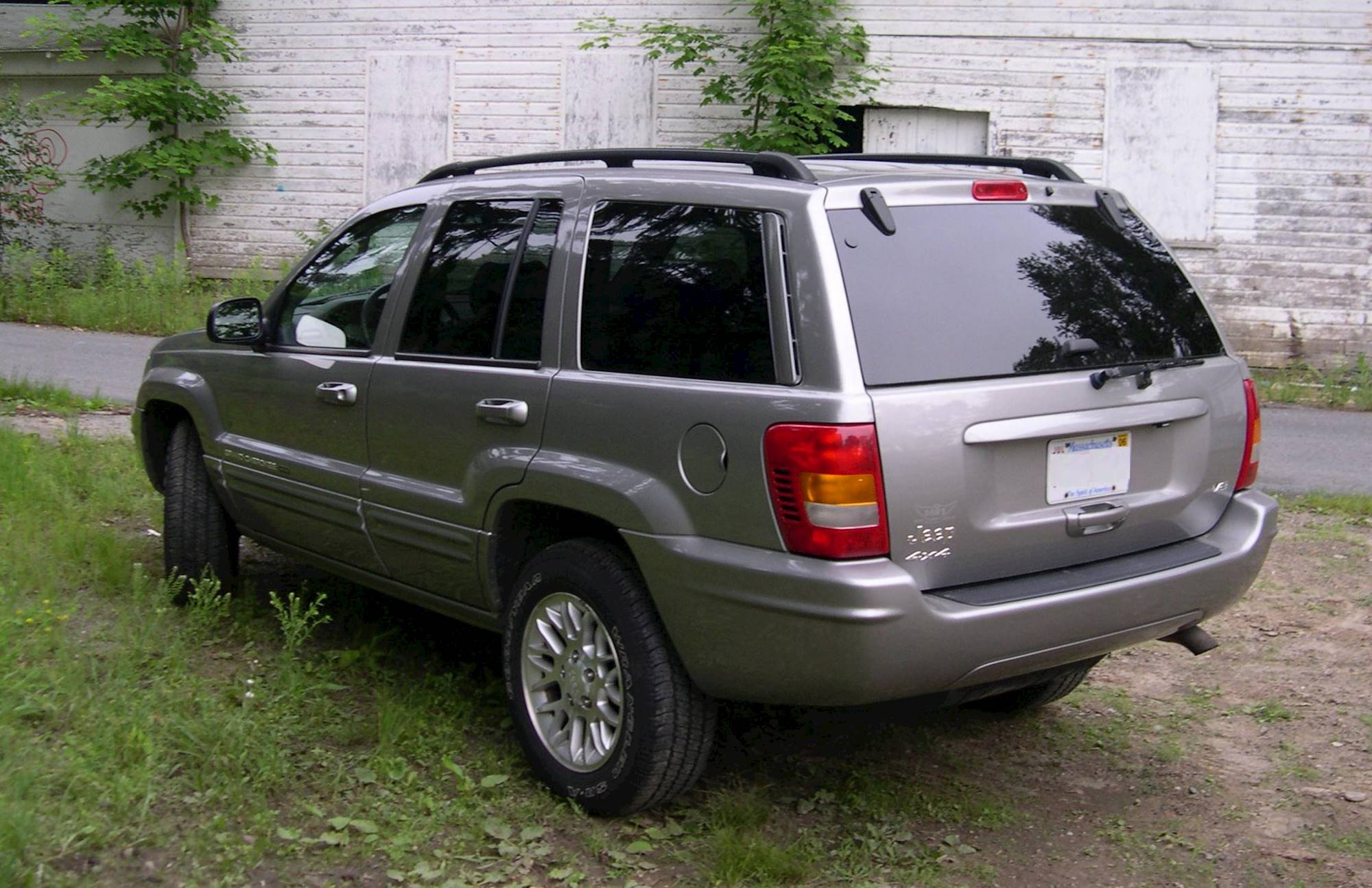 cherokee jeep grand 2002 wj rear 2006 laredo file commons limited 7l 4x4 2000 v8 suv door light 4wd led