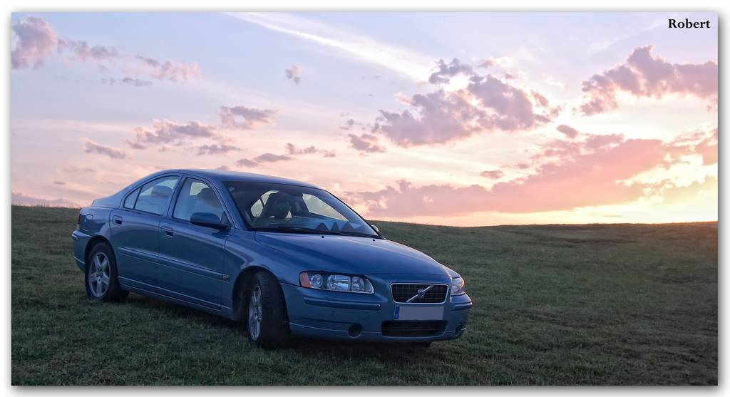 2004 Volvo S60 2.5T - Sedan 2.5L Turbo AWD auto
