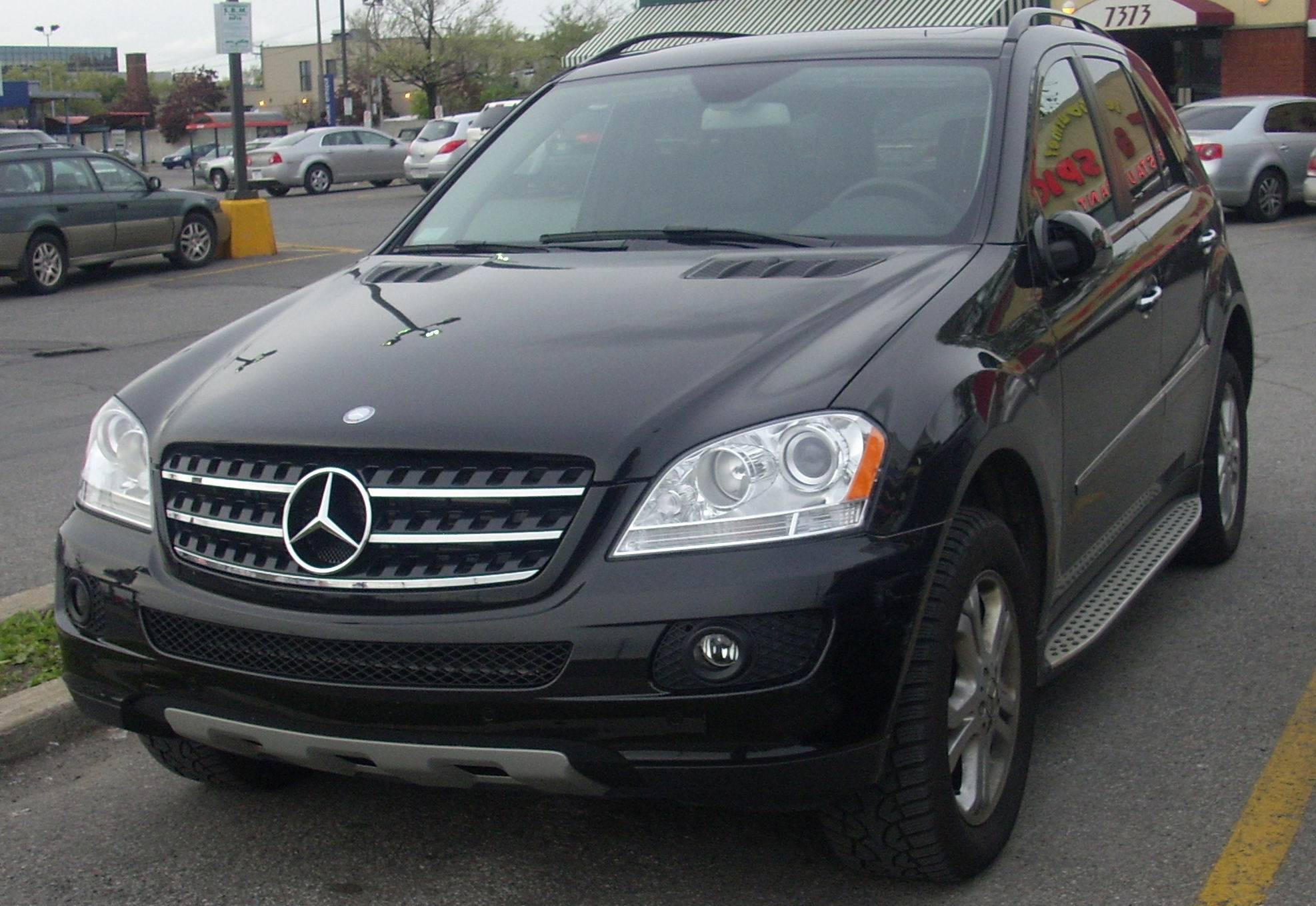 2008 Mercedes Benz ML350 Base 4dr All wheel Drive 4MATIC 7 spd