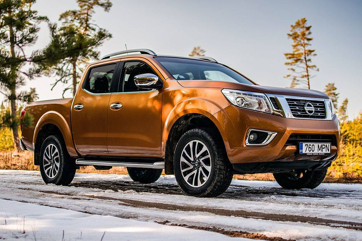 2016 Nissan Frontier 2WD Crew Cab LWB Automatic SV