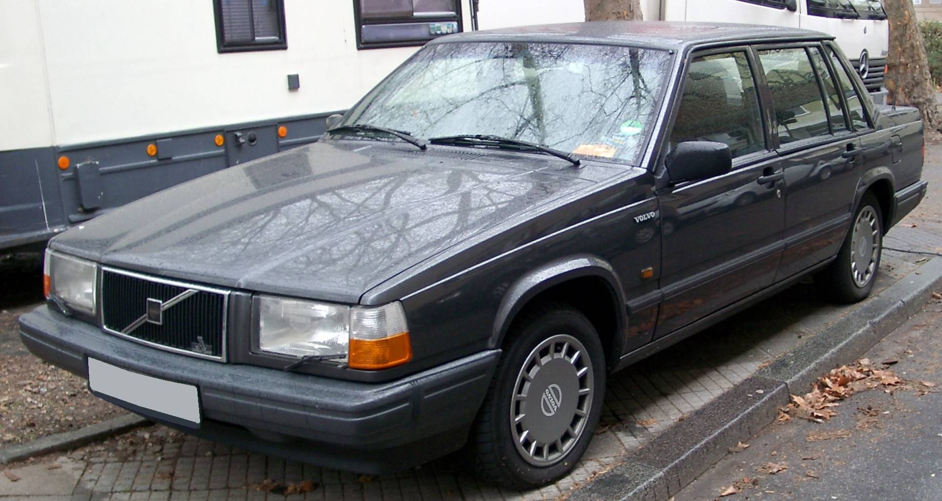 1990 Volvo 740 GLE - Wagon 2 3L Manual